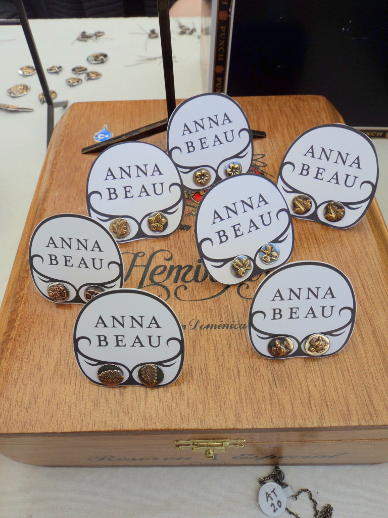 Anna Beau earrings at the East Passyunk Avenue Crafty Balboa Craft Fair / Her Philly