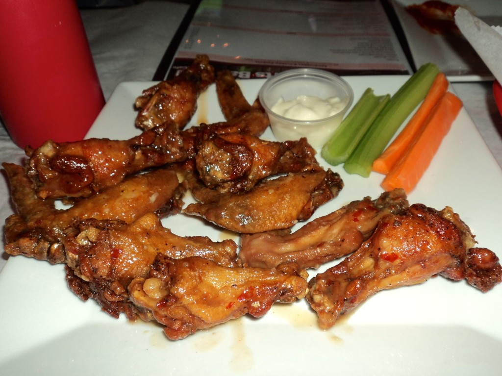 Crabby Wings from the piazza in Philadelphia // Her Philly