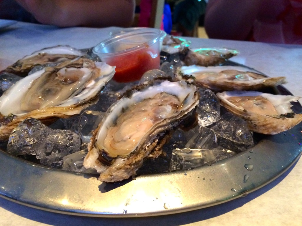 Oysters from Crabby Cafe in Philadelphia // Her Philly