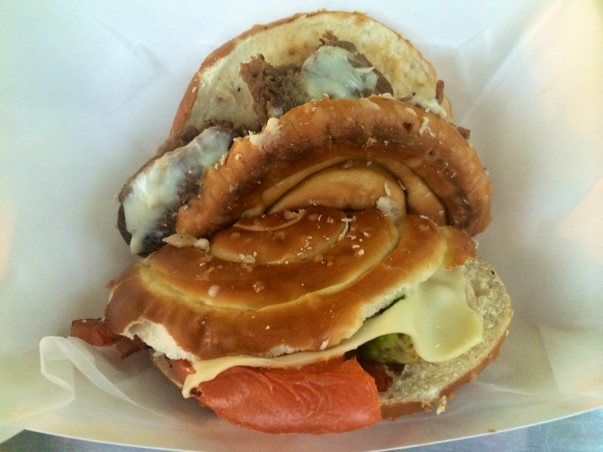Pbon's Phresh Food pretzel roll // Her Philly