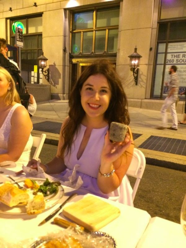What to bring for Diner en Blanc // Her Philly