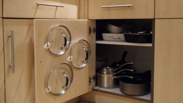 How to organize pots and pans